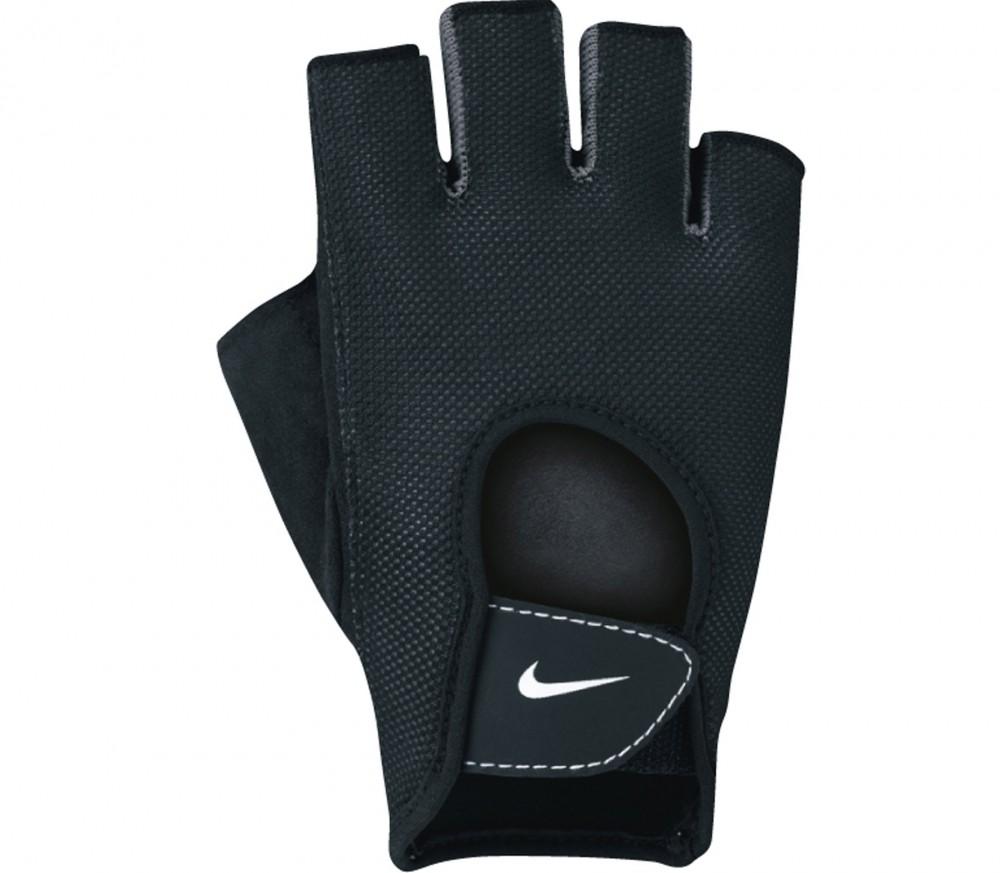 Nike Training Gloves Size Chart: Fundamental Women's Training Gloves (black)